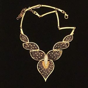 18 to 20 inch Gold Tone Costume Necklace